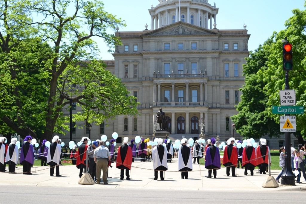 2014 Lansing State Capitol Living Rosary