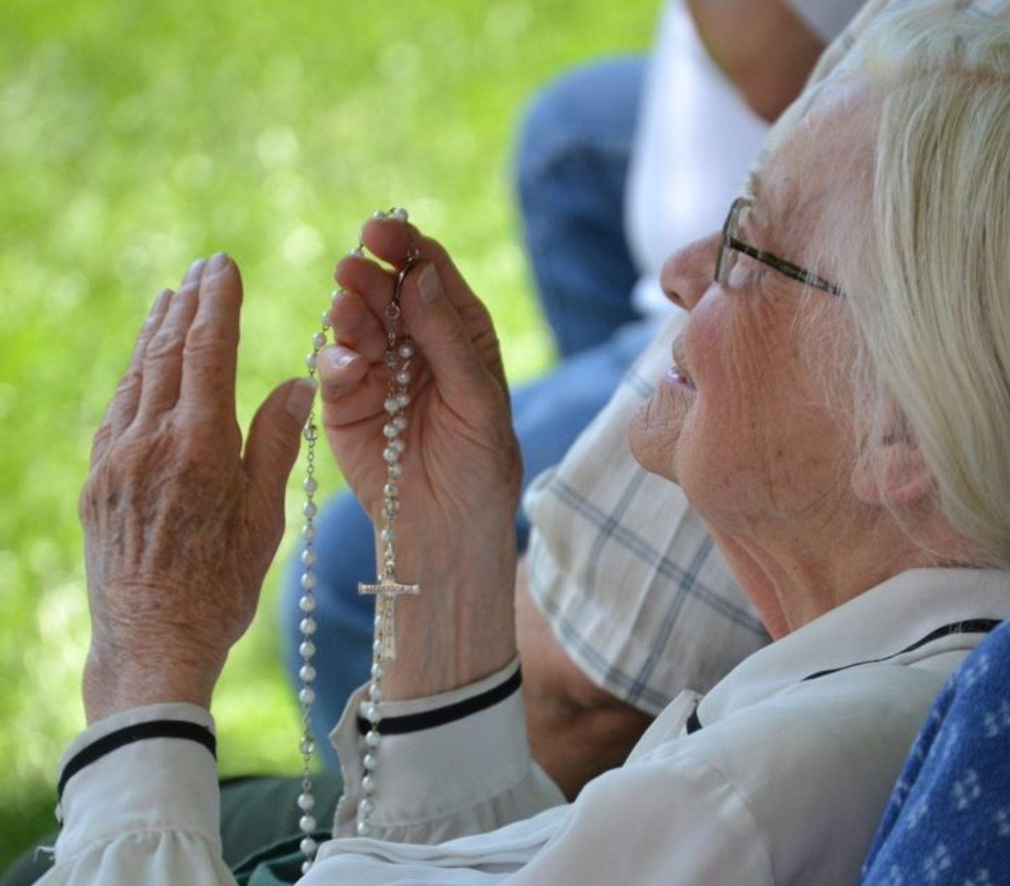 2018 Living Rosary May 12th, 11 am